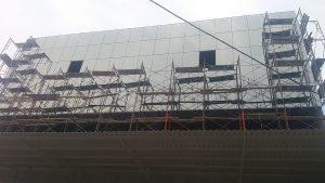 pemasangan curtain wall kaca bsd